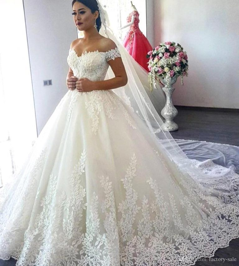 Why you should Choose Bespoke Wedding Gown Designers