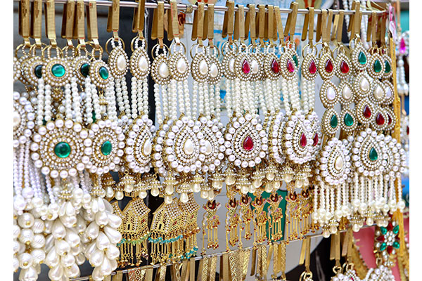 Kinds Of Wholesale Jewellery Displays